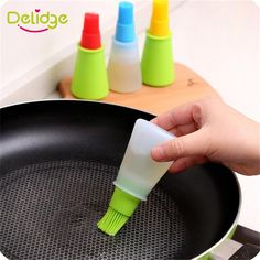 Silicone Oil Brush Baking Brushes Liquid Oil Pen Cake Butter Bread Pastry Brush BBQ Utensil Safety Basting Brush Kitchen Tools Kitchen – home accessories Oil Pen, Oil Brush, Pen Cake, Pancake Kitchen, Cake Online, Pastry Brushes, Bbq Tools, Wine Sauce, Baking And Pastry