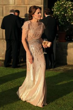 Kate Middleton wore a vintage-inspired Jenny Packham dress to a gala with Prince Willam.