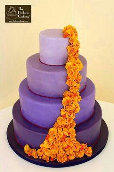 purple ombre ruffle cake wedding with orange - yellow flowers Purple Wedding, Trendy Wedding, Wedding Ideas, Peacock Wedding, Gold Wedding, Diy Wedding, Wedding Colors, Wedding Decor, Wedding Inspiration