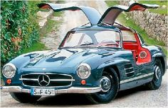 Mercedes Benz 300SL Gullwing - the fastest car in the world when it was released.