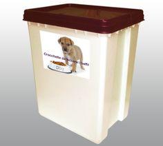 Contenitori in grado di contenere e conservare cibo secco per animali quali ad esempio le crocchette. Fanno parte di questa serie tre contenitori con capacità diverse: CON30 (lt. 30), CON50 (lt. 50), CON60 (lt. 60), tutti aventi la stessa bocca e pertanto tutti riportanti il medesimo coperchio con sistema SALVAROMA ideato appositamente per tale utilizzo.