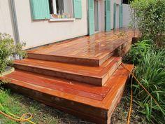 Réaliser ma terrasse escalier en bois exotique Outdoor Furniture, Outdoor Decor, Palette, Gardening, Home Decor, Garden, Outdoor Seating, Garden Landscaping, Stairway