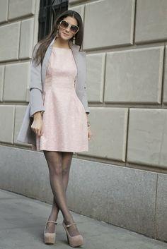 Pichi's Soup: Grey coat + Pale pink dress. Killer combination