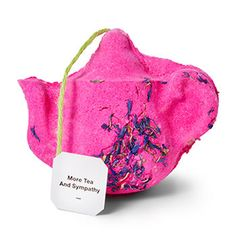 Treat yourself to a bath that feels like a soothing cup of tea this spring. Our perfectly pink teapot bath bomb is filled with green tea absolute, cornflowers and bergamot. Lush Cosmetics, Handmade Cosmetics, Water Tub, Chalk Paint Mason Jars, Neroli Oil, Lush Fresh, Lush Bath Bombs, Mason Jar Flowers, Bath Fizzies