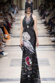 Armani Privé Fall 2017 Couture Fashion Show - Vaiora Stroganoff