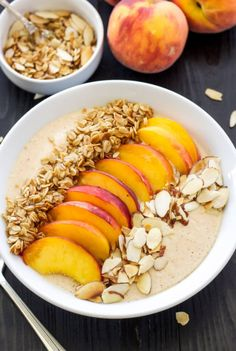 Pie Smoothie Bowl - A thick, creamy, protein filled peach smoothie with all the flavors of peach pie! Serve it in a bowl topped with granola, almonds, and fresh peach slices for a fun and filling breakfast! Fruit Smoothies, Healthy Smoothies, Smoothie Recipes, Healthy Breakfast Recipes, Healthy Snacks, Healthy Recipes, Healthy Yogurt, Protein Recipes, Clean Eating Snacks