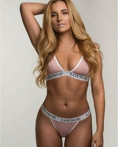 GORGEOUS WOMEN WITH DREAM WIFE CURVES - April 06 2017 at 10:01AM  : Health Exercise #Fitspiration #Fitspo FitFam - Crossfit Athletes - Muscle Girls on Instagram - #Motivational #Inspirational Physiques - Gym Workout and Training Pins by: CageCult