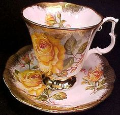 Royal Albert China Series - Gold Crest Series - Teacup & Saucer