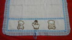 Toalha fralda dupla com nome bordado e patch aplique R$ 45,00