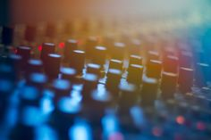 Producing Music for Dummies - How to start producing music? Learn more about producing electronic music, equipment you'll need