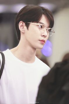 Douyoungee so handsome 😍 Nct U Members, Nct Dream Members, Nct 127, Christian Boyfriend, Nerd Boyfriend, Nct Doyoung, Nct Life, Jisung Nct, Jaehyun Nct
