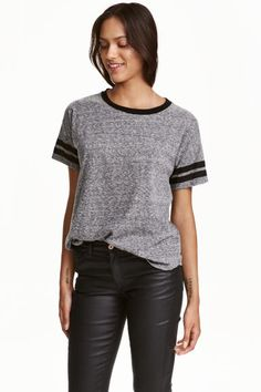What To Wear When You Start University - H&M T-shirt £7.99