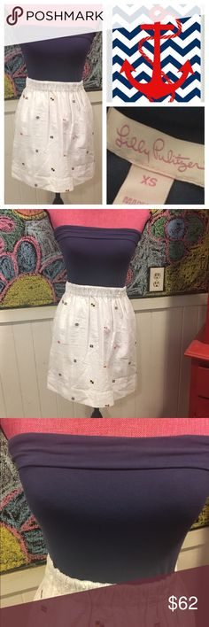 """Lilly Pulitzer nautical DRESS szXS Staple Lilly nautical fun tube dress with elastic in waist.   Worn once condition and perfect for your summer vaca.    Chest is 28-36"""" and waist is 26-30"""".   Just perfect for sailing if your a sailor😂 Lilly Pulitzer Dresses"""