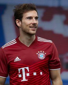 "Goal on Twitter: ""OFFICIAL: Bayern Munich's new Adidas home kit for 2021-22 is here 📸… "" Fc Bayern Munich, Adidas Football, Uefa Champions League, Polo Ralph Lauren, Soccer, Goals, Mens Tops, Twitter Twitter, Sports Photos"