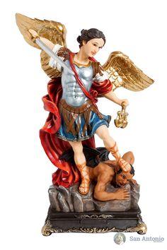 Arcangel Miguel: San Miguel es uno de los siete arcángeles y está entre los tres cuyos nombres aparecen en la Biblia. Los otros dos son Gabriel y Rafael. La Santa Iglesia da a San Miguel el más alto lugar entre los arcángeles y le llama