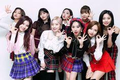 twice yes or yes win Nayeon, Twice Jyp, Twice Once, Suwon, K Pop, South Korean Girls, Korean Girl Groups, Shy Shy Shy, Divas