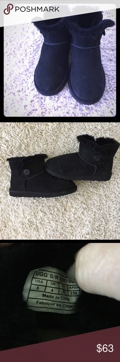 Mini Black Baily UGGS Black Baily UGGS. Size 5 girls. Will fit a 6. Excellent condition! UGG Shoes Ankle Boots & Booties