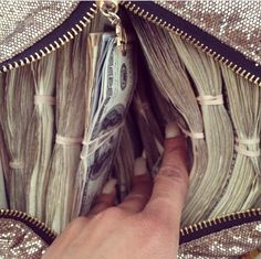 Its magic the way money flows to me
