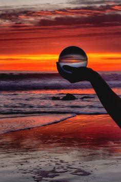 motivationsforlife:   Crystal Ball Sunset by  Rob Laskin