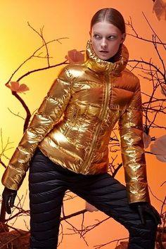 Trendy Fashion, Winter Fashion, Womens Fashion, Leather Gloves, Leather Jacket, Gold Jacket, Puffy Jacket, Down Coat, Jacket Style