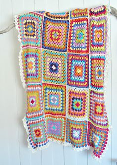granny square blanket - made by Fargefest.  each square has ten rounds