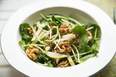 5 Spring Salads For The Busy Sporty Sister - Move Nourish Believe