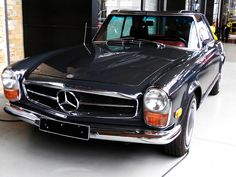 Mercedes-Benz 280 SL / W113 Pagode (1968-1971) US-Version by Transaxle (alias Toprope), via Flickr