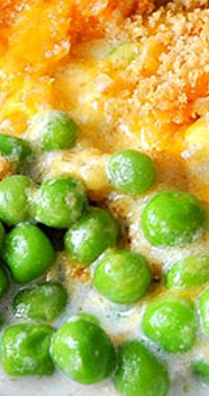 Creamed peas are basically sweet peas in a white sauce or bechamel sauce. Pea Recipes, Side Dish Recipes, Vegetable Recipes, Cooking Recipes, Side Dishes Easy, Vegetable Side Dishes, Fresco, Creamed Peas, Vegetable Casserole