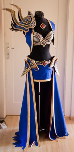 "Kamui Cosplay ""Wizard - Diable III"""