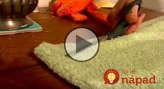 Máte doma staré uteráky? Takto ľahko z nich môžete vytvoriť krásny koberček do kúpeľne