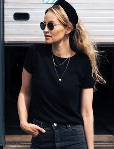 Le parfait total look noir #231 (bandeau Atelier des Femmes - photo Anouk Yve)