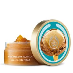 The Body Shop® Nature Inspired Beauty. Never Tested on Animals - Use The Body Shop Wild Argan Oil Scrub as an exfoliator to lift away dead skin cells and reveal radi - The Body Shop, Body Shop At Home, Argan Oil Body Scrub, Diy Body Scrub, Sephora, Fragrance Parfum, Peeling, Body Scrubs, Body Butter