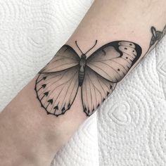 Trendy Tattoos, Love Tattoos, Small Tattoos, Mutter Erde Tattoo, Belly Tattoos, Gorgeous Tattoos, Tattos, Tattoo Inspiration, Blackwork