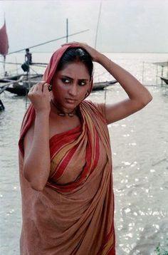 Smita Patil by Nemai Ghosh Beautiful Girl Indian, Beautiful Indian Actress, Beautiful Actresses, Beautiful Women, Vintage Bollywood, Bollywood Actress Hot Photos, Indian Beauty Saree, Indian Sarees, India Beauty