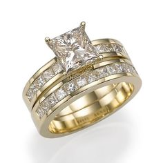 14K Gold Princess Diamond Engagement Ring - Here\'s an amazing Princess Diamond  Engagement Ring with a