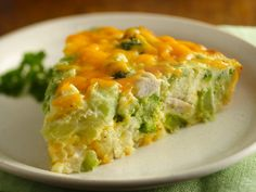 Gluten Free Impossibly Easy Chicken 'n Broccoli Pie...what a delicious easy supper idea!!!! So happy Bisquick has a gluten free version! Tastes just like the original, but does not make you sick! Love it! ( :