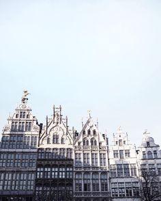"2,882 curtidas, 37 comentários - Nana Hagel (@nana_ha) no Instagram: ""Discovering Antwerp with @thisisantwerp 😍"""