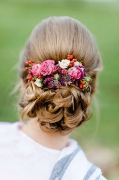 Brilliant 15 Gorgeous Formal Wedding Hairstyle Ideas https://fashiotopia.com/2018/06/28/15-gorgeous-formal-wedding-hairstyle-ideas/ I want to share about 15 Gorgeous Formal Wedding Hairstyle Ideas. Here you can find few of formal hairstyle from the simple one until the complicated.