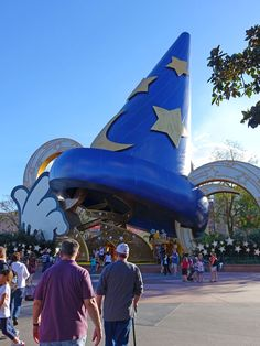 Farewell to Hollywood Studios' Sorcerer's Hat! The dismantling is expected to begin in 2 days.  What do you think of the big change? #Disney