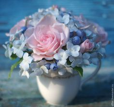 Fondant Flowers, Clay Flowers, Sugar Flowers, Fake Flowers, Small Flowers, Artificial Flowers, Beautiful Flowers, Small Flower Arrangements, Flower Room