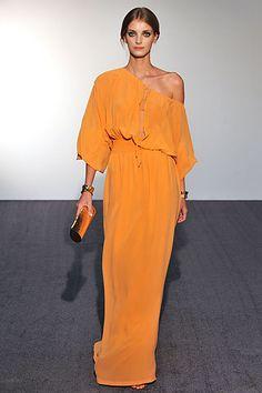#Halston NYFW Bring back the 70s! Love that era of fashion!