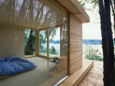 Photo: Tommie Wilhelmsen This small cabin in Hardanger, Norway is made off all eco friendly materials. It´s designed by Norwegian archi. Tiny Beach House, Beach Houses, Norway House, Eco Cabin, Retreat House, Cabins And Cottages, Tiny House Living, Little Houses, Tiny Houses