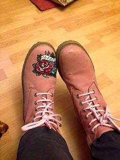 Frutos y Borregos:      También me apetecía un tatuaje en mis botas....