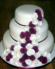Wedding Cakes   ... Tier Stacked Wedding Cake With Claret And Ivory Roses « Susie's Cakes