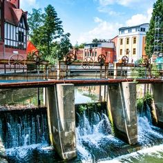 Discover a wonderful city with a history of 850 years. Cottbus is a fascinating and beautiful historic town, especially for all nature and green park-lovers.