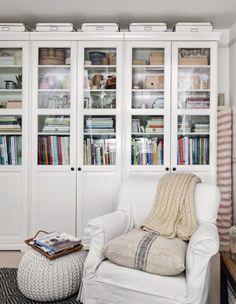 Line up three armoire (IKEA Liatorp Bookcase) on your office wall for maximum storage. Better Homes and Gardens July 2017 Home Library Rooms, Library Furniture, Home Libraries, Liatorp, Kallax, Formal Living Rooms, Guest Bedrooms, Fashion Room, Illustrations