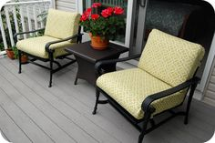33 Shades of Green: Patio Cushions - recover, redo, sewing your own