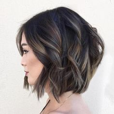 60 Layered Bob Styles: Modern Haircuts with Layers for Any Occasion Black Wavy Bob With Subtle Highlights Bob Hairstyles For Thick, Layered Haircuts, Bob Haircuts, Medium Hairstyles, Hairstyles 2018, Trendy Hairstyles, Korean Hairstyles, Braided Hairstyles, Highlighted Hairstyles