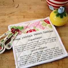 DIY Famiy Recipe Potholders -- what a treasured gift!