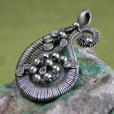 Wire Jewellery, Wire Wrapped Jewelry, Metal Jewelry, Beaded Jewelry, Handmade Jewelry, Unique Jewelry, Wire Necklace, Metal Necklaces, Wire Pendant